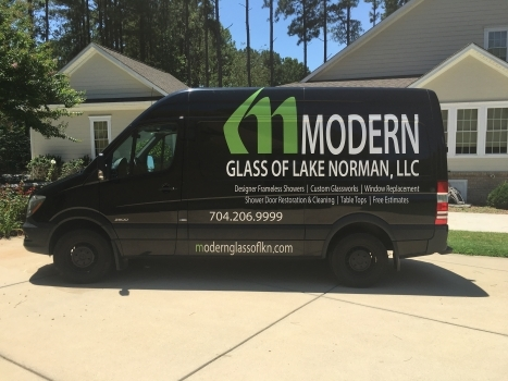 Modern-Glass-van-e1487056945861